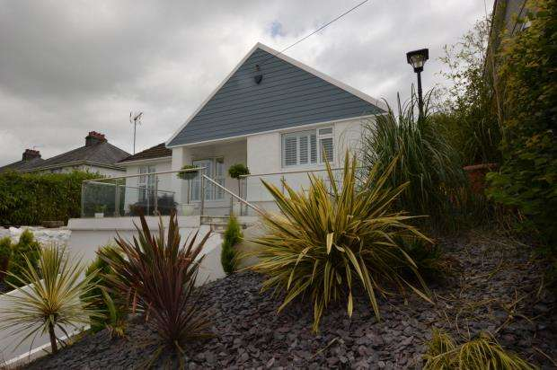 3 Bedrooms Detached House for sale in Underlane, Plympton, Plymouth, Devon
