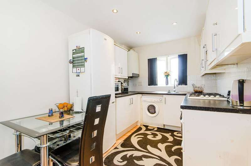 1 Bedroom Flat for sale in King George Crescent, Wembley, HA0
