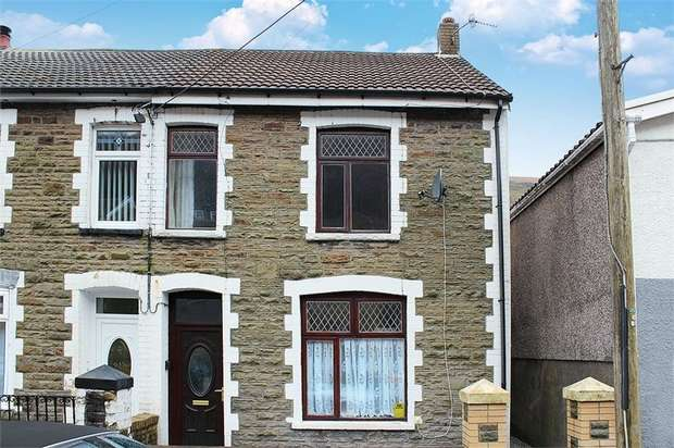 3 Bedrooms Semi Detached House for sale in Greenfield Street, New Tredegar, Caerphilly