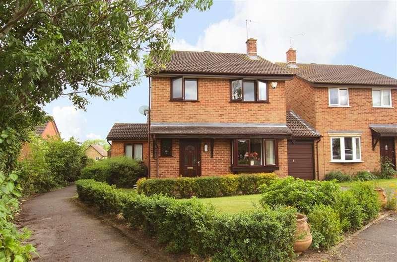 3 Bedrooms Link Detached House for sale in Clements Mead, Tilehurst, Reading, RG31
