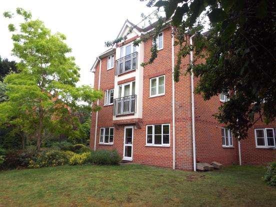 2 Bedrooms Maisonette Flat for sale in Wokingham Road, Bracknell, Berkshire