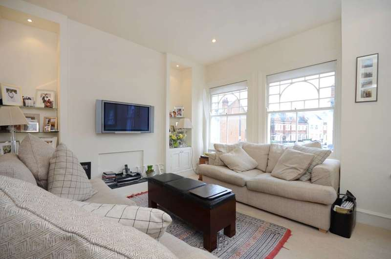 3 Bedrooms Maisonette Flat for sale in Rosebury Road, Sands End, SW6