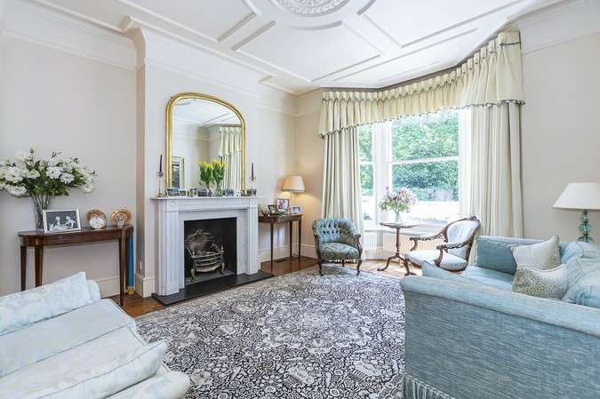 4 Bedrooms House for sale in Colet Gardens, London
