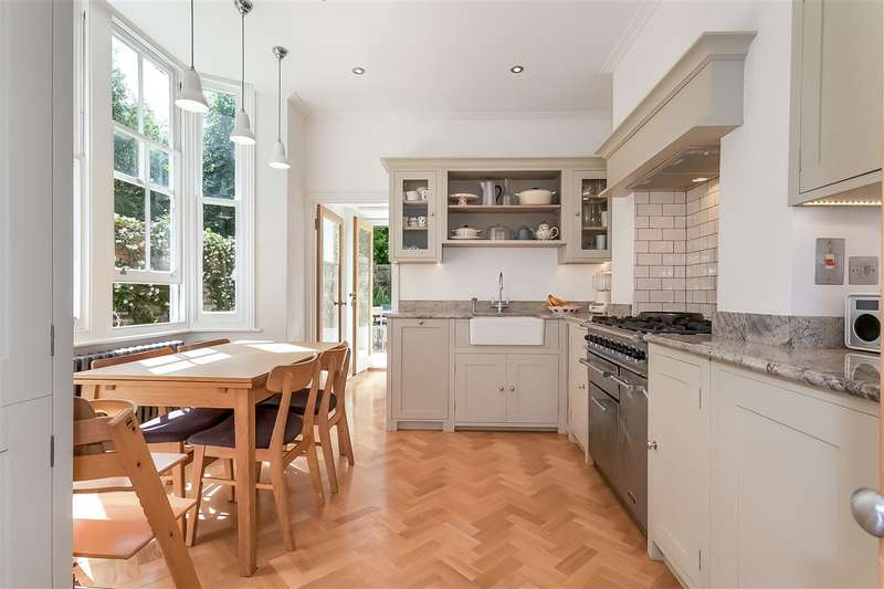 3 Bedrooms Apartment Flat for sale in Mercers Road, London