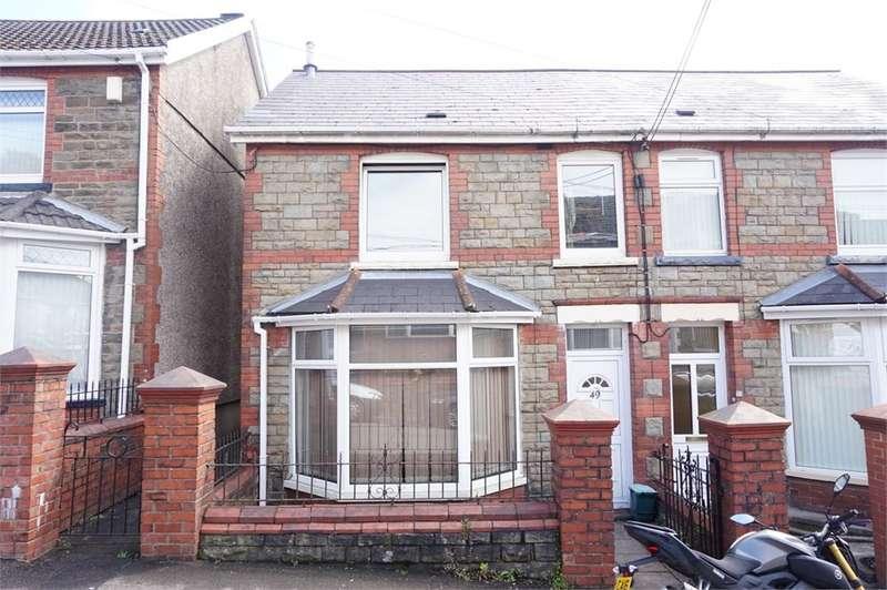 3 Bedrooms Semi Detached House for sale in Ashfield Road, Newbridge, Newport, NP11