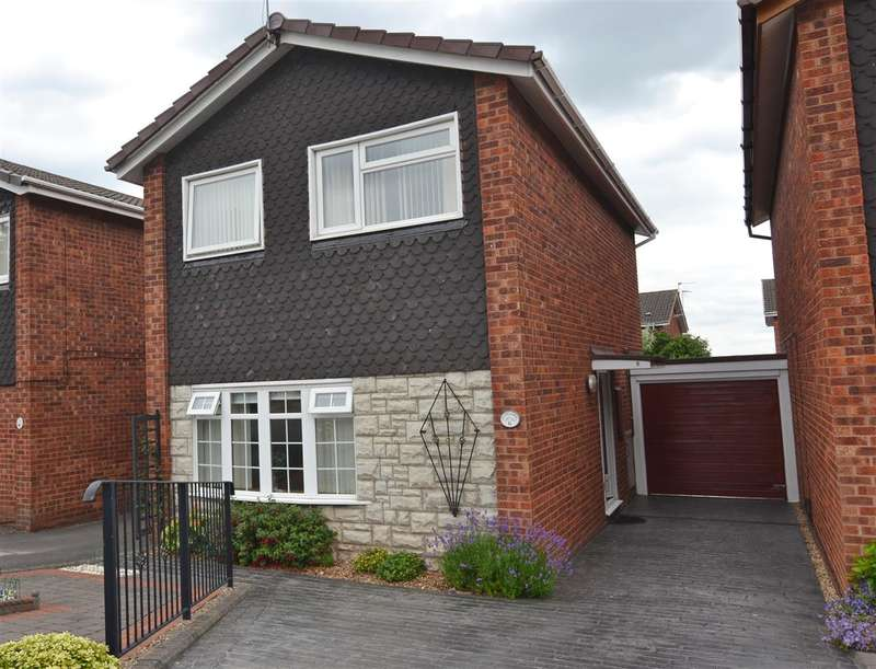 3 Bedrooms Link Detached House for sale in Glebelands, Stafford