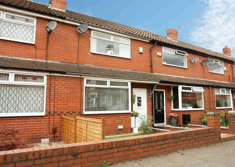 2 Bedrooms Town House for sale in 135 Boundary Park Road, Royton