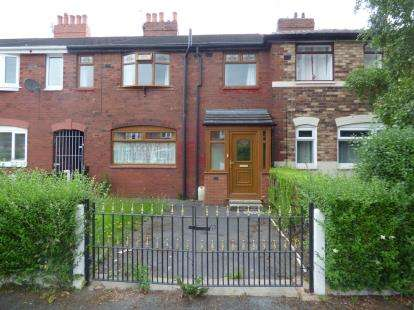 3 Bedrooms Terraced House for sale in Formby Avenue, Chorlton, Manchester, Greater Manchester
