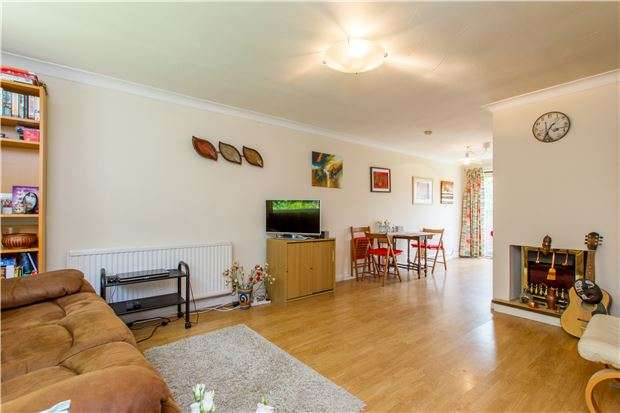 3 Bedrooms Semi Detached House for sale in Meadowside, ABINGDON, Oxfordshire, OX14 5DX
