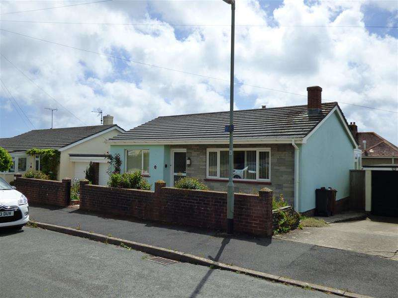 2 Bedrooms Detached Bungalow for sale in Venn Close, Stoke Fleming, Dartmouth