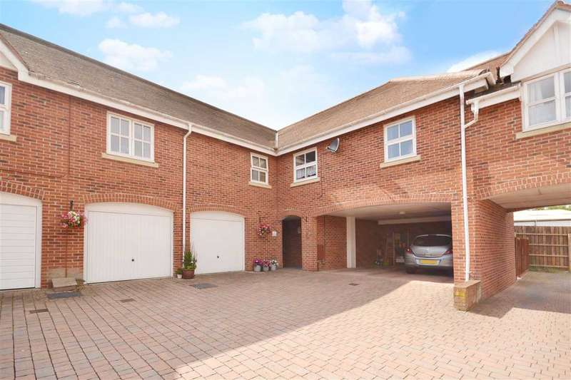 2 Bedrooms Property for sale in NEW INN COURT, SARISBURY GREEN