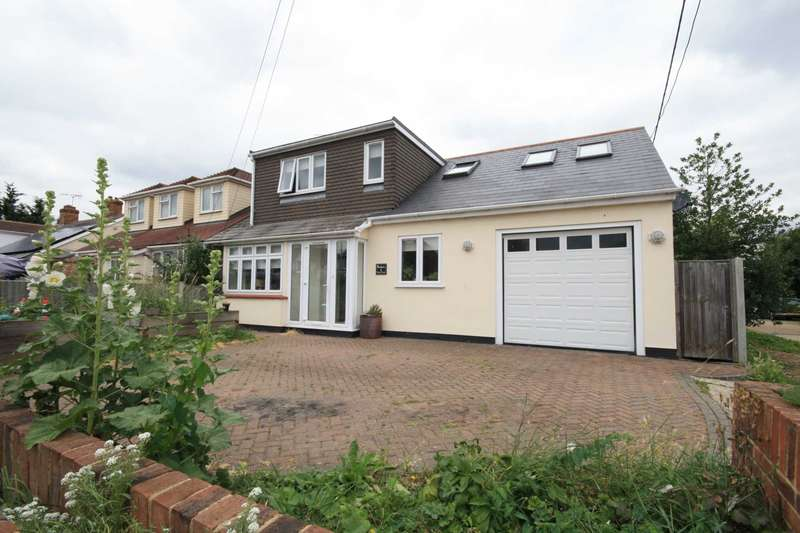 4 Bedrooms Semi Detached House for sale in Noak Bridge