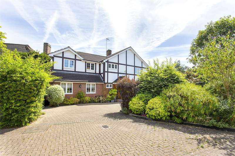 5 Bedrooms Detached House for sale in Maytree Lane, Stanmore, Middlesex, HA7