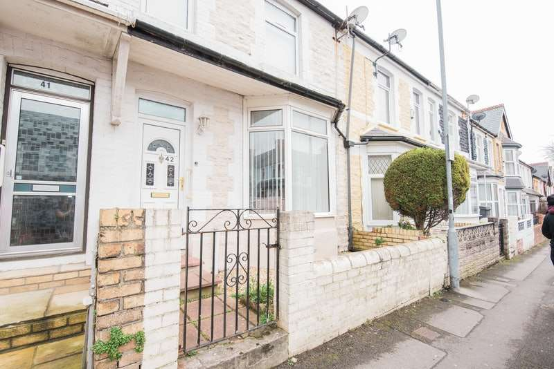 3 Bedrooms Terraced House for sale in Regent Street, Barry, Glamorgan, CF62