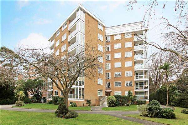 2 Bedrooms Flat for sale in Westcliff Road, Bournemouth