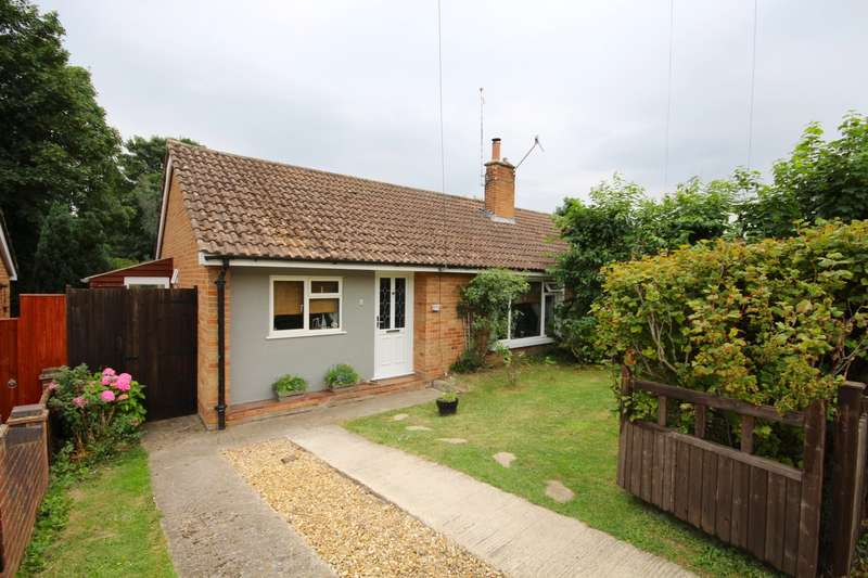 2 Bedrooms Terraced Bungalow for sale in Luker Avenue, Henley-On-Thames, RG9