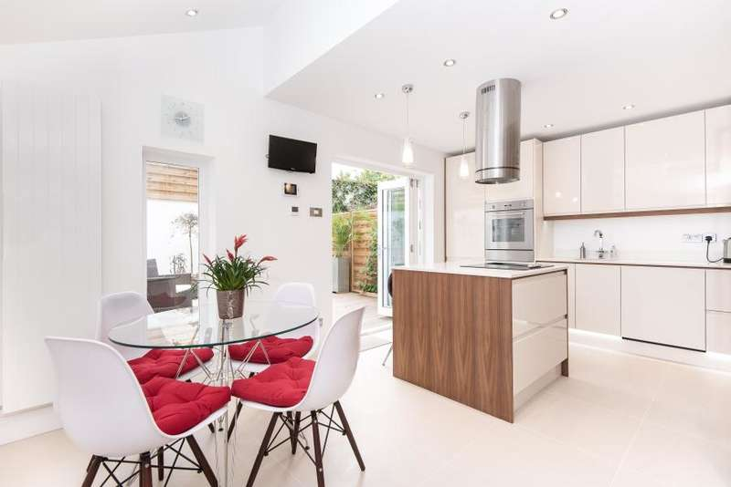 4 Bedrooms House for sale in Silver Crescent, Chiswick W4