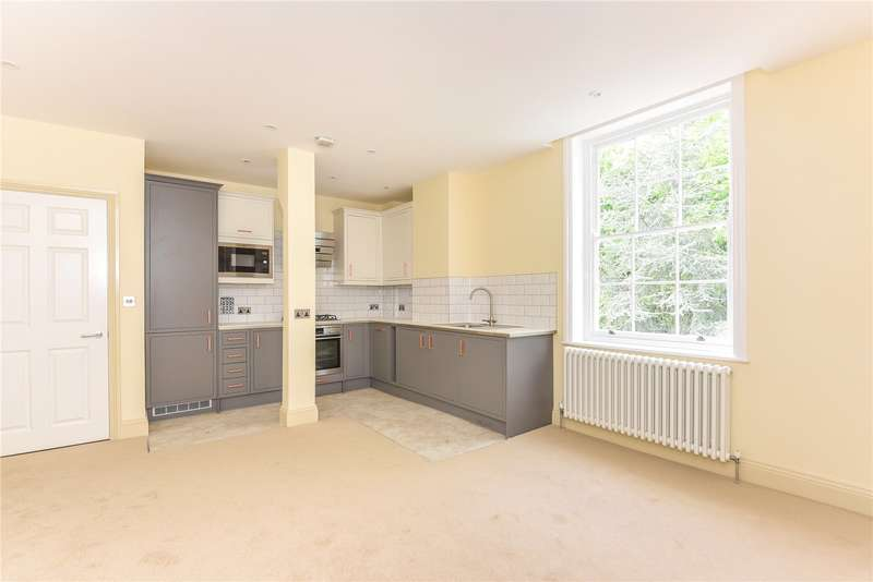2 Bedrooms Apartment Flat for sale in Harefield House, High Street, Harefield, Uxbridge, UB9