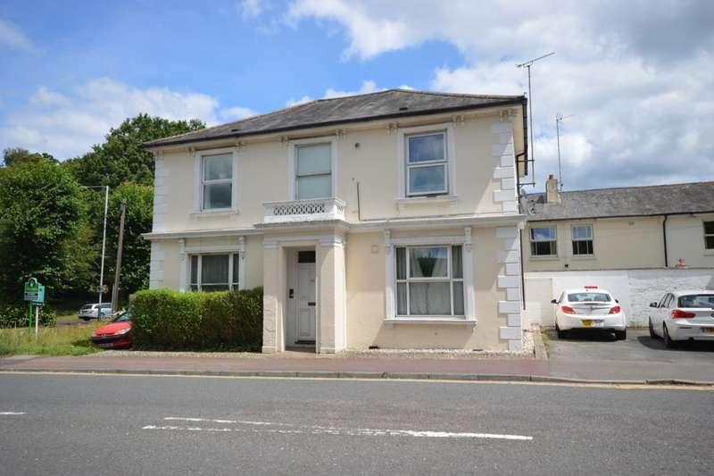 1 Bedroom Flat for sale in Eridge Road, Tunbridge Wells, TN4