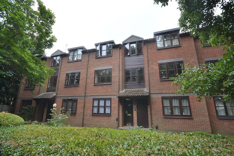 1 Bedroom Flat for sale in Horseshoe Lane, Watford