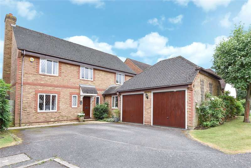 5 Bedrooms Detached House for sale in Portman Gardens, Hillingdon, Middlesex, UB10