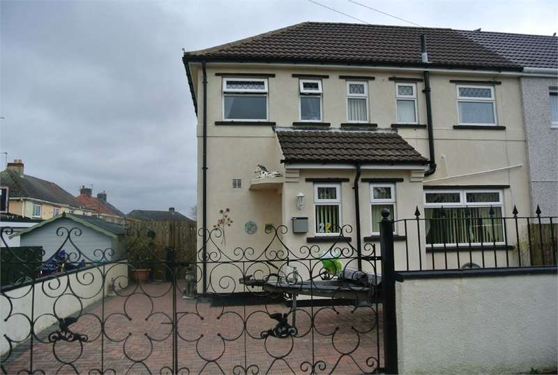 3 Bedrooms Semi Detached House for sale in Ty Gwyn Road, Varteg, Pontypool, NP4