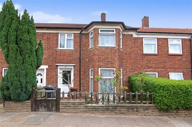 3 Bedrooms Terraced House for sale in Romany Gardens, Walthamstow, London