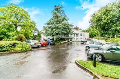 1 Bedroom Retirement Property for sale in Plympton, Plymouth, Devon
