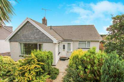 3 Bedrooms Bungalow for sale in Trewoon, St. Austell, Cornwall
