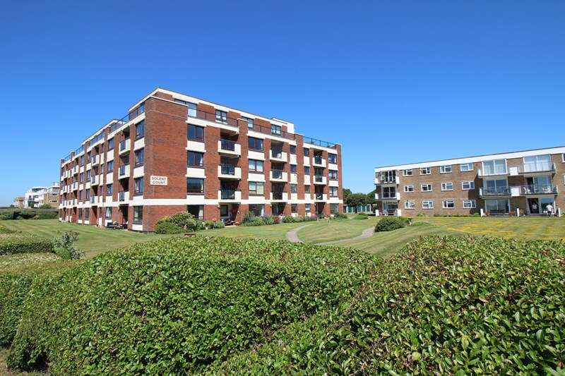 3 Bedrooms Apartment Flat for sale in Cornwallis Road, Milford On Sea, Lymington