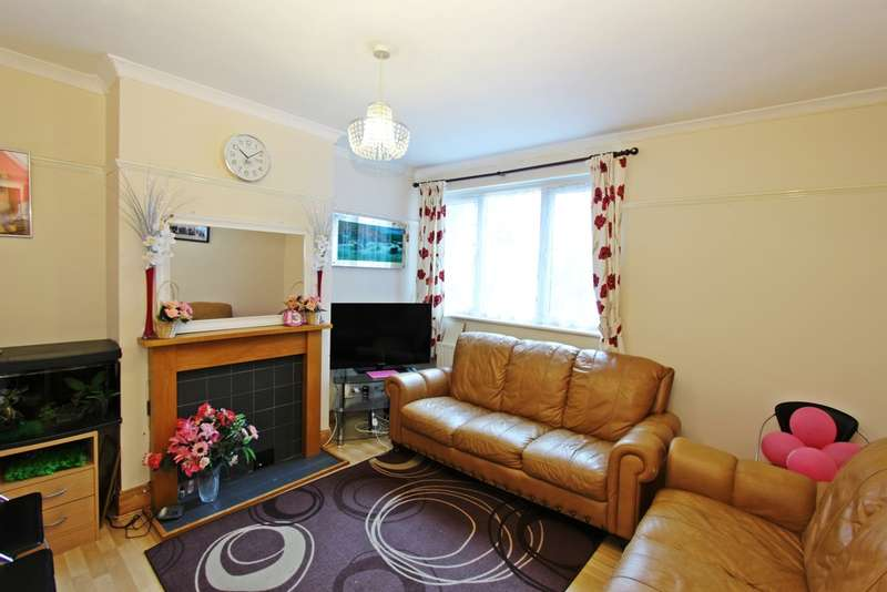 2 Bedrooms Flat for sale in Manor Drive North, New Malden