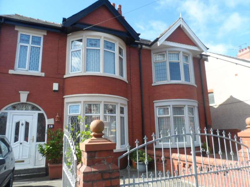 4 Bedrooms Property for sale in 28, Blackpool, FY3 9PF
