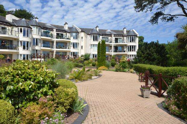 2 Bedrooms Flat for sale in Maidencombe House, Teignmouth Road, Torquay, Devon
