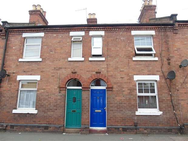 2 Bedrooms Terraced House for sale in Leavesden Road, Watford