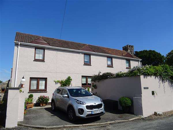 4 Bedrooms Detached House for sale in The Old Barn, Redberth, Nr. Tenby