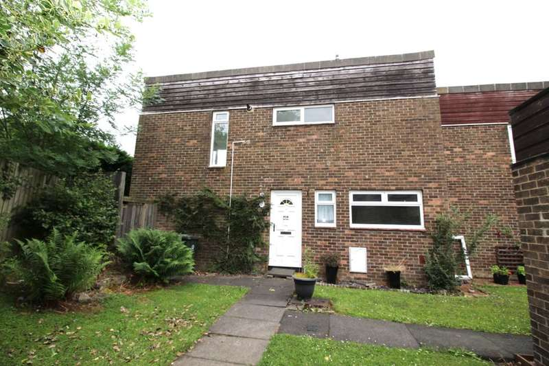3 Bedrooms Property for sale in Castle Close, Prudhoe, NE42
