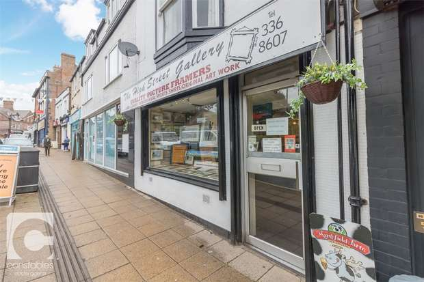3 Bedrooms Commercial Property for sale in 33 High Street Shop and Two Apartments, Neston, Cheshire