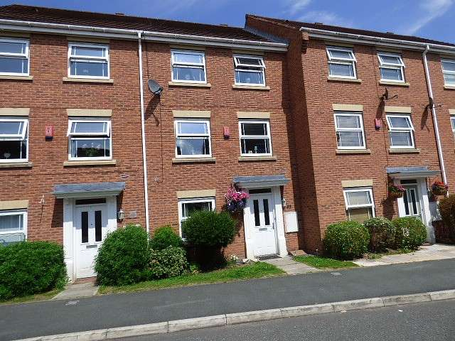 4 Bedrooms Town House for sale in Arizona Crescent, Great Sankey, Warrington