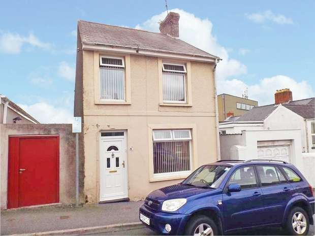 3 Bedrooms Detached House for sale in Robert Street, Milford Haven, Pembrokeshire