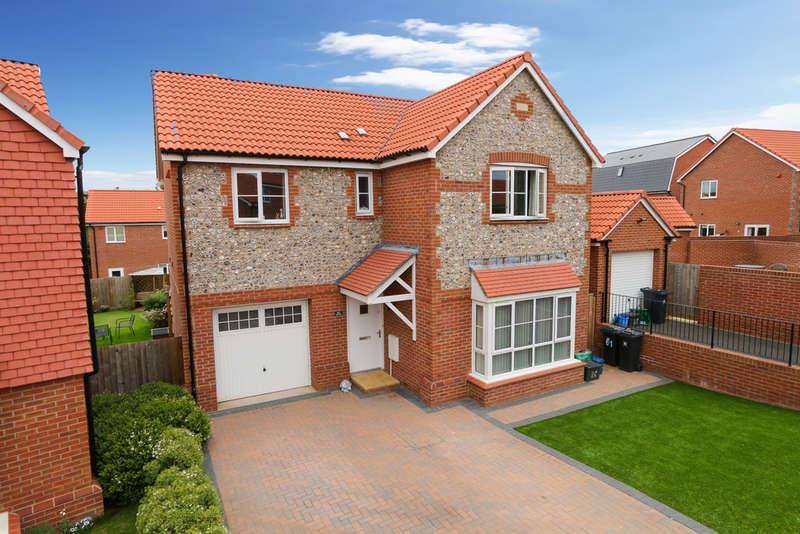 4 Bedrooms Detached House for sale in Higher Meadow, Cranbrook