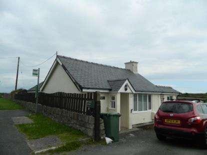 3 Bedrooms Bungalow for sale in Abererch Road, Pwllheli, Gwynedd, LL53