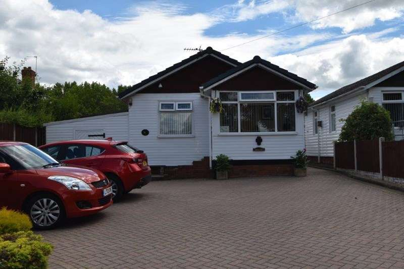 1 Bedroom Detached Bungalow for sale in Central Avenue, Northfield, Birmingham