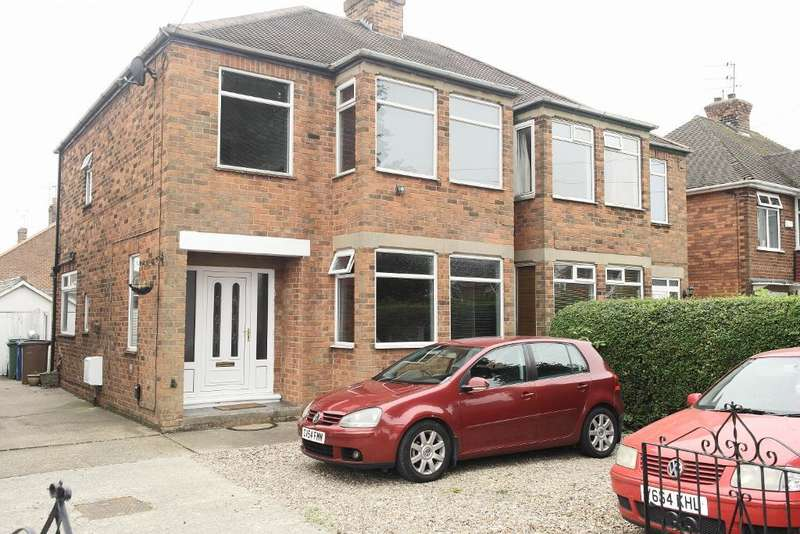 3 Bedrooms Semi Detached House for sale in Northolme road, Hessle, Hull, Hu13 9hs