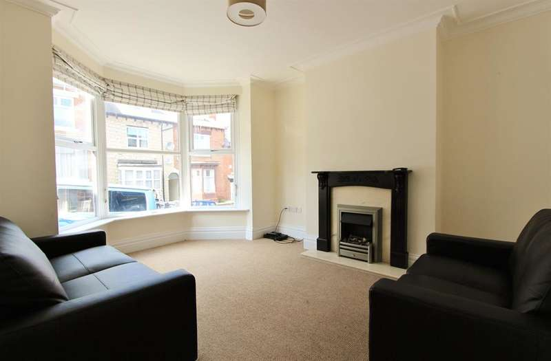 4 Bedrooms Terraced House for rent in Hunter House Road, Sheffield, S11 8TU