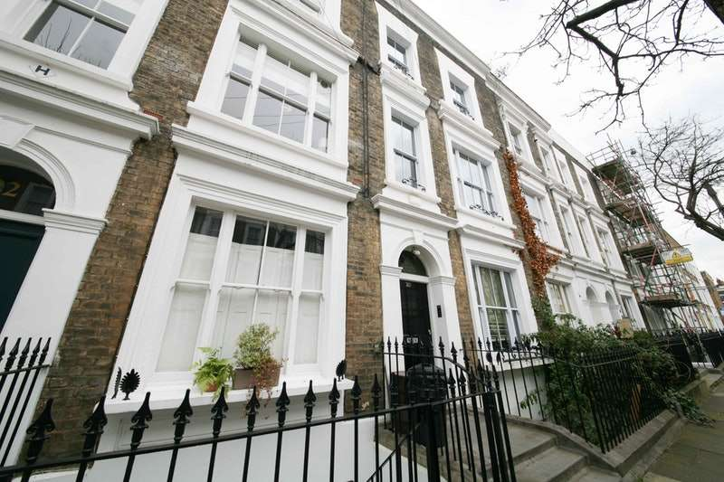 4 Bedrooms Terraced House for sale in Grantbridge St, London, London, N1