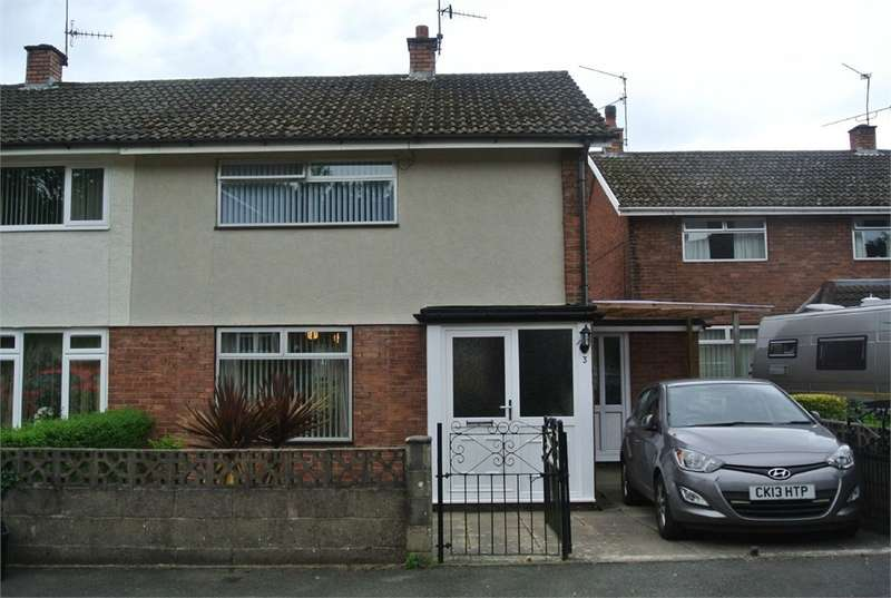 2 Bedrooms Semi Detached House for sale in Pembroke Place, Llanyravon, Cwmbran, NP44