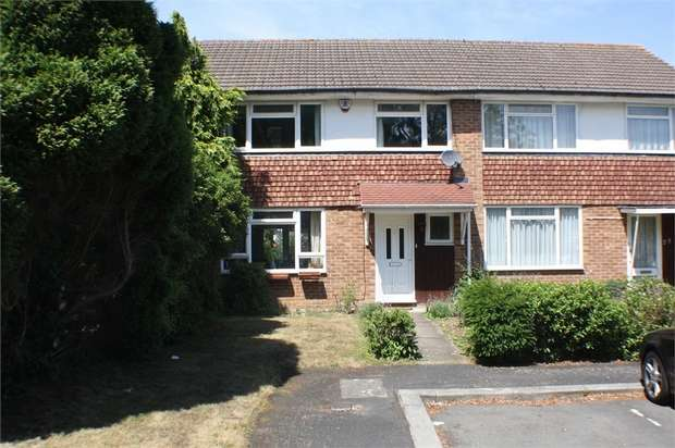 3 Bedrooms Terraced House for sale in Fontwell Close, Harrow, Middlesex