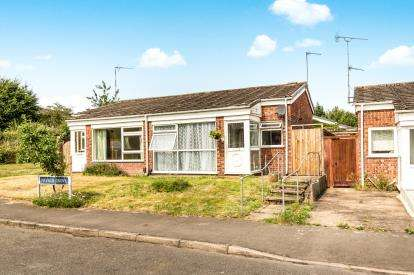 2 Bedrooms Bungalow for sale in Neville Grove, Warwick