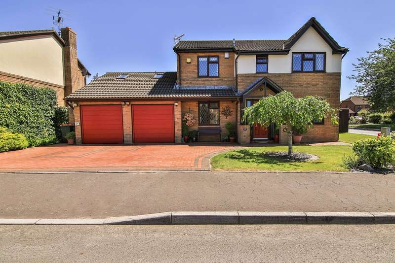 4 Bedrooms Detached House for sale in Vicarage Gardens, Marshfield, Cardiff