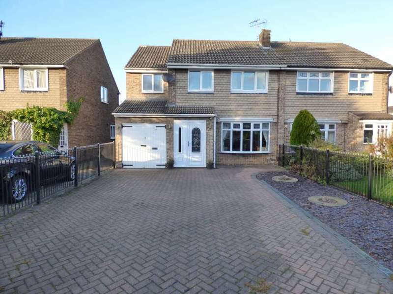 4 Bedrooms Semi Detached House for sale in ***REDUCED*** Cayton Close, Redcar